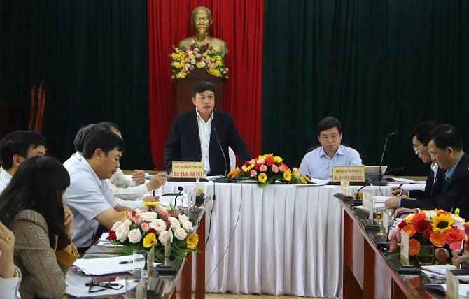 Chủ tịch tỉnh Lâm Đồng Đoàn Văn Việt cùng các cơ quan ban ngành làm việc với TP. Bảo Lộc (Ảnh: KP)