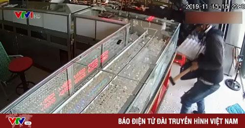 TP.HCM: Báo động tình trạng cướp giật hoành hành trở lại
