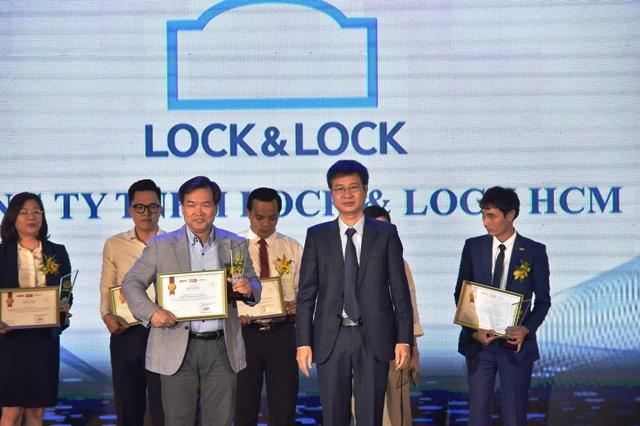 """""""Lock & Lock vinh dự nhận giải thưởng Top 10 Sản phẩm, Dịch vụ Tin &Dùng 2019"""""""