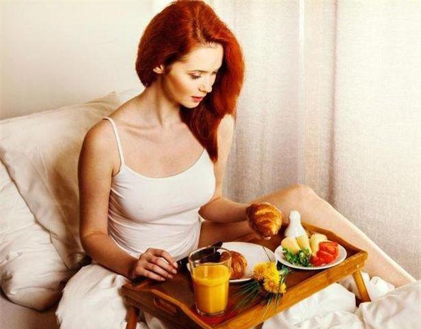Làm 5 việc này ngay khi thức dậy dễ chết sớm, nhưng 4 việc này lại giúp tăng tuổi thọ - 3