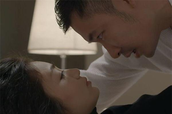 Trọng Nhân Hoa hồng trên ngực trái sợ chồng Diệu Hương ghen - Ảnh 3.