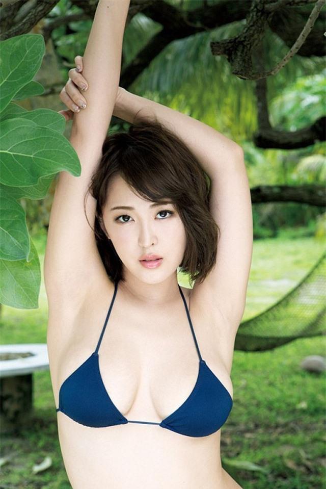 Sở hữu kho tàng ảnh sexy trên mạng, hot girl siêu vòng một của Nhật Bản bất ngờ trở nên nổi tiếng - Ảnh 10.