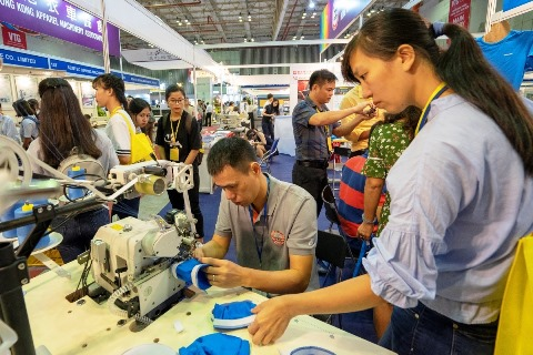 Triển lãm quốc tế chuyên ngành da giầy 2018 thu hút hơn 12.000 lượt khách tham quan. Ảnh ĐD