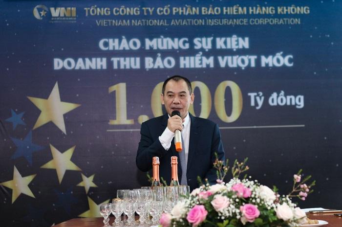 Ông Trần Trọng Dũng, Tổng Giám đốc VNI phát biểu chào mừng sự kiện VNI vượt mốc 1.000 tỷ doanh thu bảo hiểm