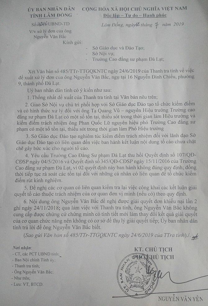"""Văn bản của UBND tỉnh Lâm Đồng yêu cầu phải """"có hình thức xử lý"""" đối với ông Tạ Quang Vũ, nguyên Hiệu trưởng Trường CĐSP Đà Lạt (Ảnh: VH)"""