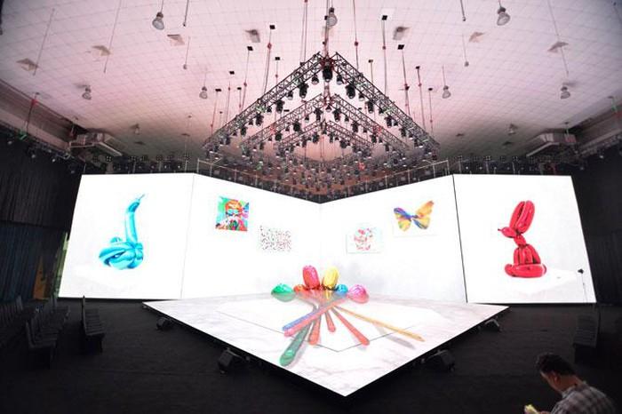 Một số hình ảnh chạy thử sân khấu trình chiếu hình ảnh, với hiệu ứng 3D được đảm bảo thực hiện nhuần nhuyễn, sắc nét. Một số hình ảnh chạy thử sân khấu trình chiếu hình ảnh, với hiệu ứng 3D được đảm bảo thực hiện nhuần nhuyễn, sắc nét.