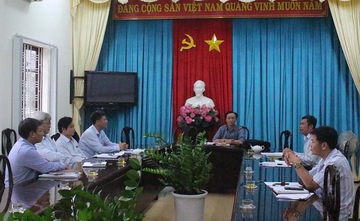 Phóng viên Doanh nghiệp Việt Nam đã làm việc trực tiếp với đại diện của Thành ủy, UBND TP. Bảo Lộc và các cơ quan liên quan (Ảnh: VH)