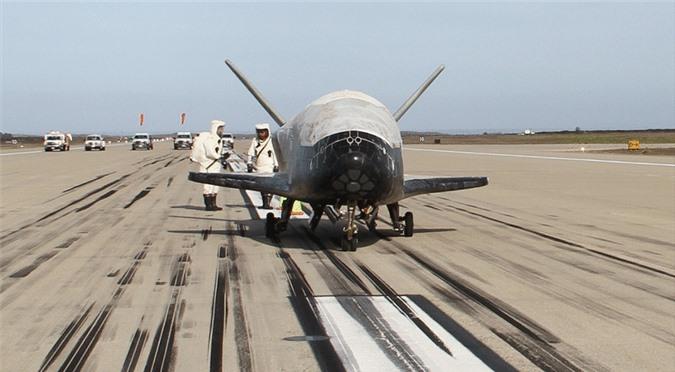 Khong quan My muon F-35 va F-22 bay duoc vao… vu tru?-Hinh-7