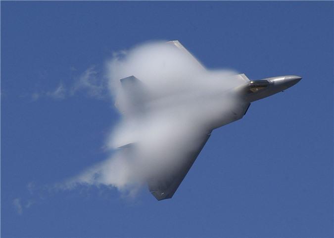 Khong quan My muon F-35 va F-22 bay duoc vao… vu tru?-Hinh-9