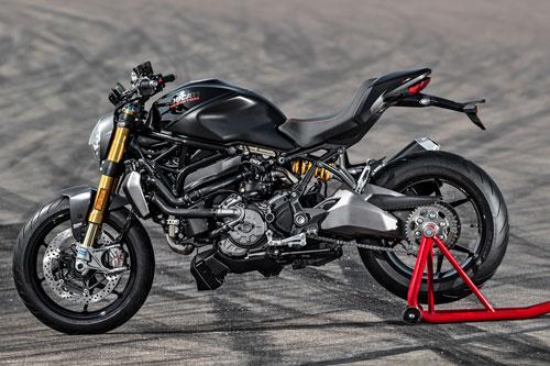 5. Ducati Monster 1200 và 1200 S 2020.