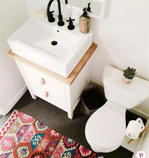 Hóa giải phong thủy cho phòng tắm nhỏ