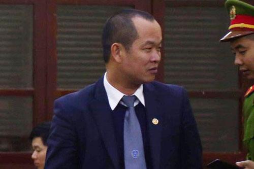 """Luật sư Phạm Quang Hưng không cung cấp được bằng chứng khẳng định là """"đầu độc giết người"""" (Ảnh: Danh Trọng)"""