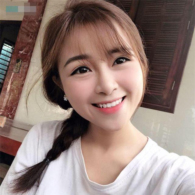 Cô giáo mầm non xinh đẹp bị đồn yêu Phan Văn Đức là ai? - 19