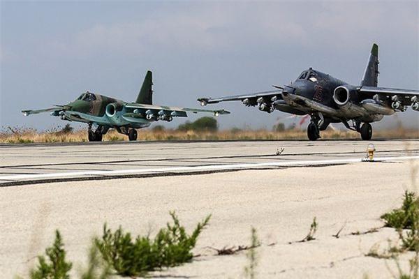 Su-25 san sang doi bom neu luc luong quan canh Nga bi tan cong-Hinh-7