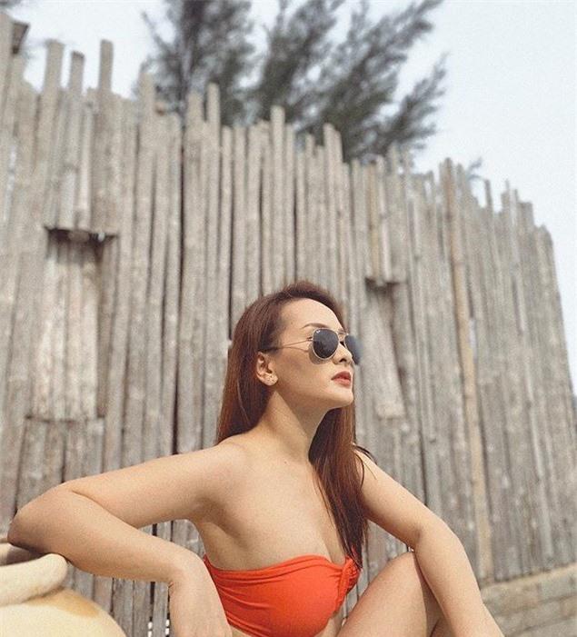 Bảo Thanh lại khiến dân mạng phát 'sốt' với ảnh bikini gợi cảm - ảnh 4