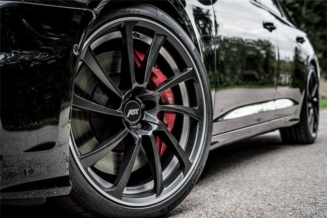 Choang ngop voi ban do ABT cua Audi S6 Avant 2020-Hinh-4