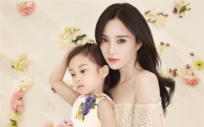 Ly Tieu Lo giai thich ve 3 clip ngoai tinh sau tuyen bo ly hon-Hinh-3