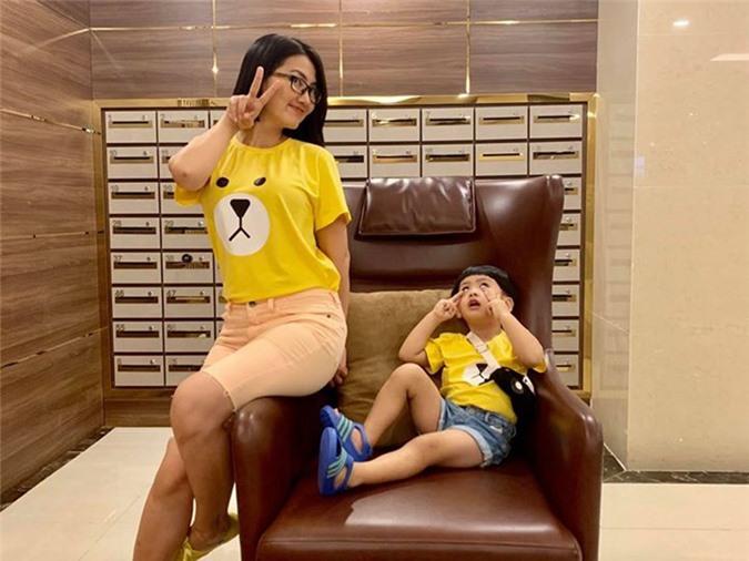 Ngam con trai dang yeu cua Ngoc Lan - Thanh Binh-Hinh-14