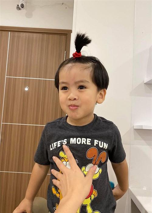 Ngam con trai dang yeu cua Ngoc Lan - Thanh Binh-Hinh-8