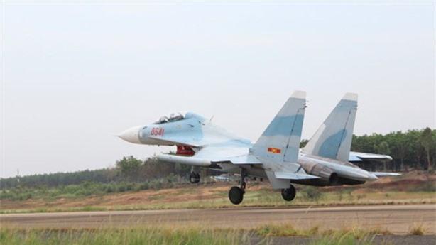 Su-27 va Su-30 Viet Nam bay bao nhieu gio moi nam, chi phi bay the nao?-Hinh-9
