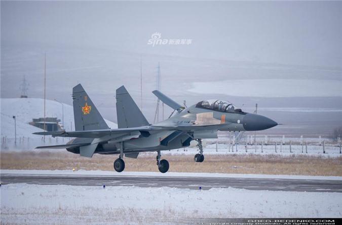 Tri hoan 2 nam, den gio dong minh so 1 cua Nga moi nhan duoc Su-30SM-Hinh-7