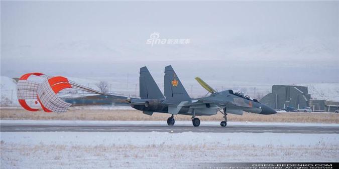 Tri hoan 2 nam, den gio dong minh so 1 cua Nga moi nhan duoc Su-30SM-Hinh-9