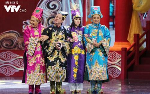 Các nghệ sĩ quen thuộc góp mặt trong buổi chầu cuối năm tối 30 Tết trên sóng VTV.