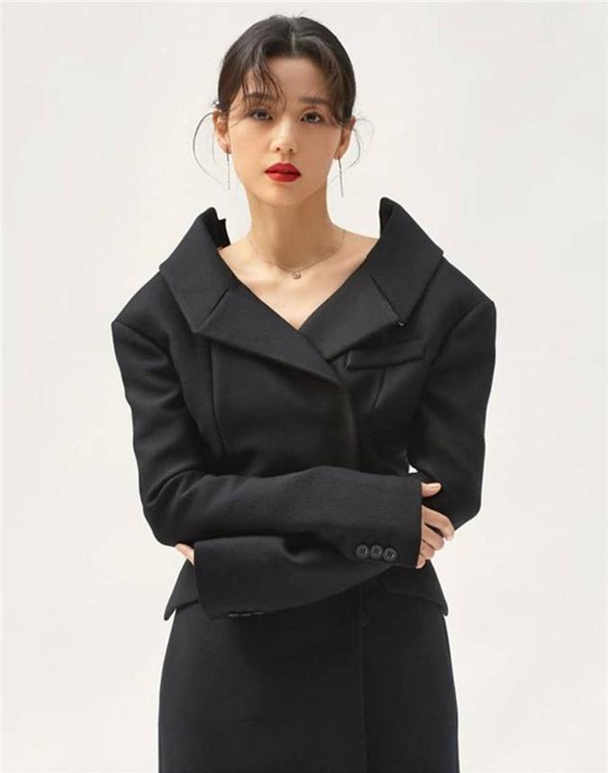 Cô nàng ngổ ngáo Jun Ji Hyun: Ngọc nữ vạn người mê thành con dâu gia tộc tài phiệt Hàn Quốc-12