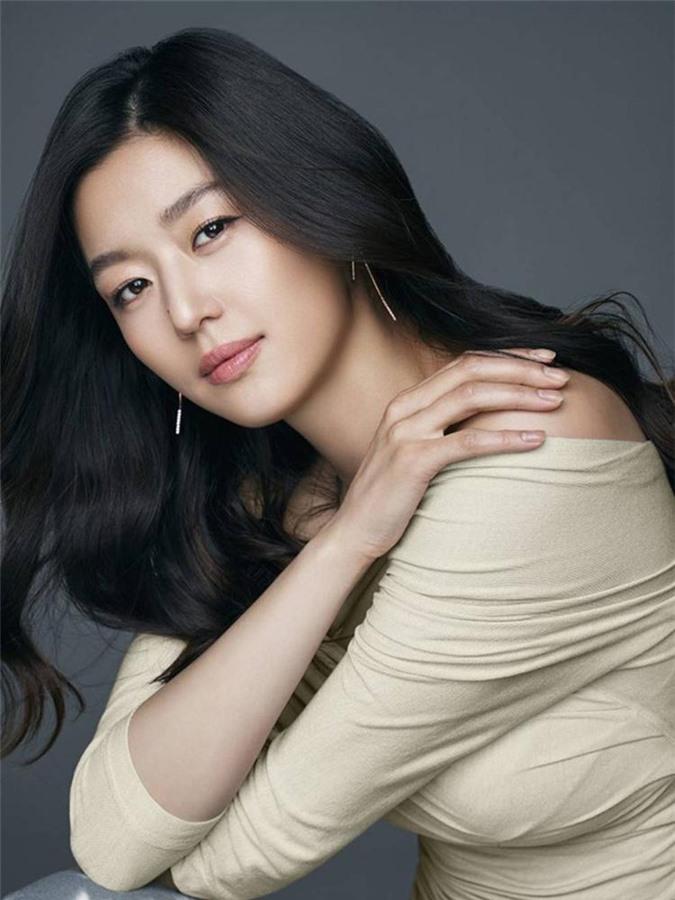 Cô nàng ngổ ngáo Jun Ji Hyun: Ngọc nữ vạn người mê thành con dâu gia tộc tài phiệt Hàn Quốc-13