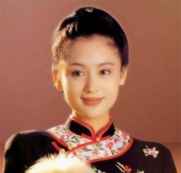 Trần Hồng: Nàng Điêu Thuyền đẹp hơn cả Vương Tổ Hiền, khiến netizen Hàn phải mê mẩn đến mức phong Đệ nhất mỹ nhân Cbiz - Ảnh 6.