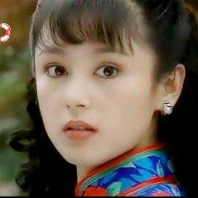 Trần Hồng: Nàng Điêu Thuyền đẹp hơn cả Vương Tổ Hiền, khiến netizen Hàn phải mê mẩn đến mức phong Đệ nhất mỹ nhân Cbiz - Ảnh 9.