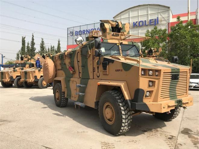 Biết thừa người Kurd sẽ trở mặt, Thổ Nhĩ Kỳ tung vào Syria vũ khí bí mật: Nga sững sờ - Ảnh 3.