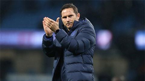 Guardiola ca ngợi Chelsea của Lampard là đội bóng đáng kinh ngạc