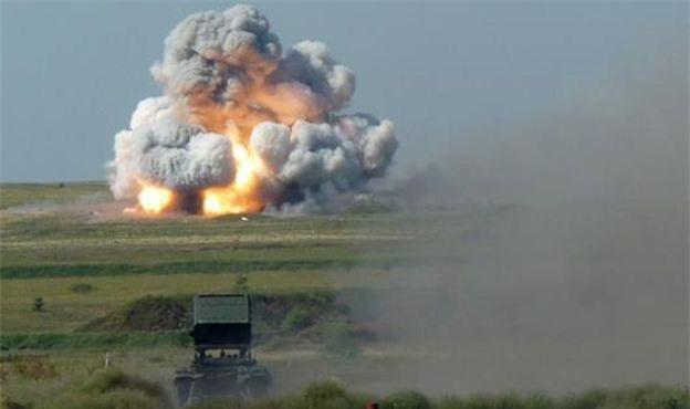 """Nga chuẩn bị đưa vũ khí """"vô nhân đạo"""" - pháo phản lực TOS-1 đến Syria? - Ảnh 1."""