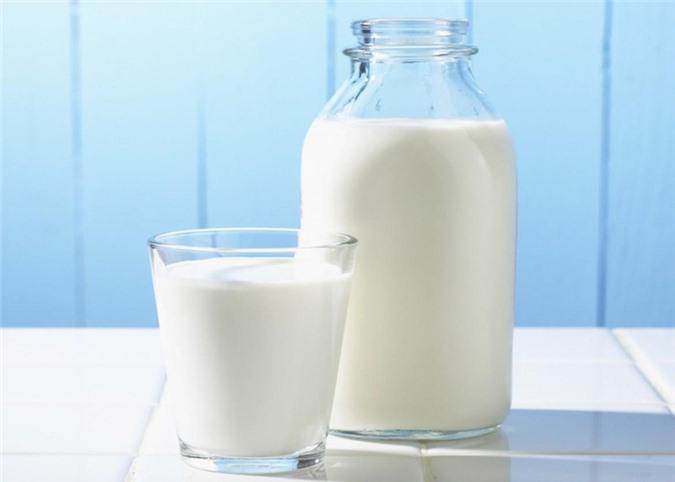 Sai lầm khi cho trẻ uống sữa tươi cha mẹ nào cũng cần biết - ảnh 2