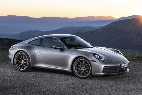 =1. Porsche 911 (8,4/10 điểm).