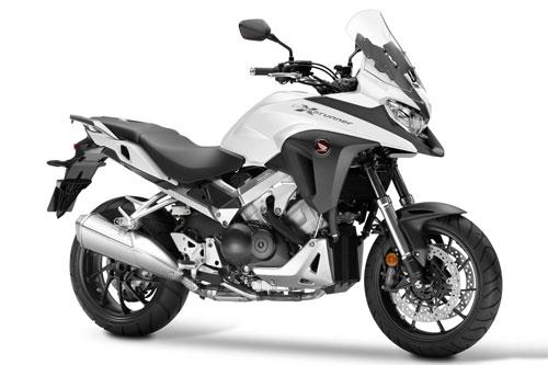 8. Honda Crossrunner 2020 (giá: 12.290 euro).