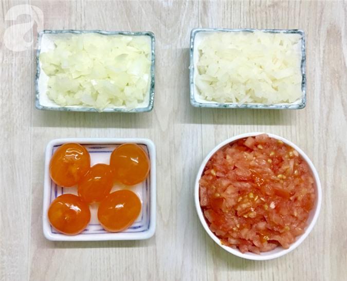 Mẹ chồng tôi có cách làm xíu mại trứng muối ngon số 1, cả nhà ai cũng ghiền - Ảnh 2.