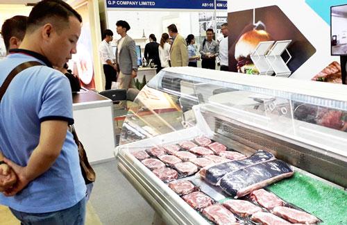 Thịt ngoại nhập khẩu vào Việt Nam ngày càng nhiều