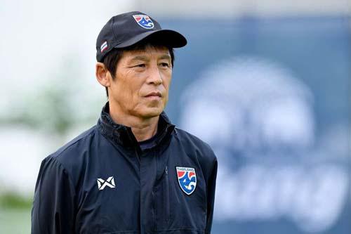 HLV Akira Nishino còn rất nhiều việc để làm để U22 Thái Lan có thể bảo vệ tấm HCV tại SEA Games 2019.