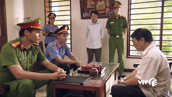 Diễn viên Mạnh Trường lúc đầu nghĩ kiểm sát viên giống... công an - Ảnh 4.