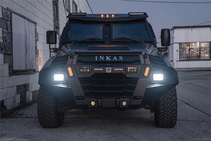 Sieu SUV chong dan - Inkas Sentry Civilian 2020 cho gioi sieu giau-Hinh-3