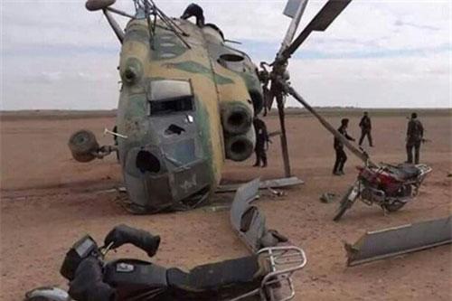 Trực thăng vận tải đa dụng Mi-8 của Không quân Syria bị rơi tại tỉnh Hama