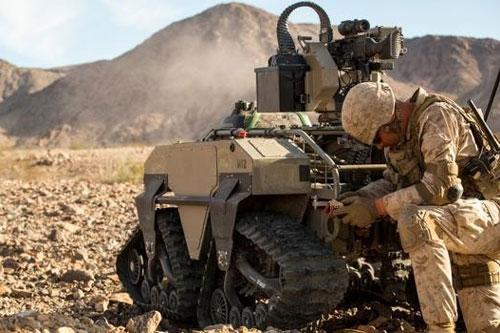 Theo Army Recognition, quân đội Mỹ vừa được trang bị số lượng lớn robot chiến đấu có tên Multi-Utility Tactical Transport (MUTT) được thiết kế dành riêng cho lực lượng lính thủy đánh bộ Mỹ.