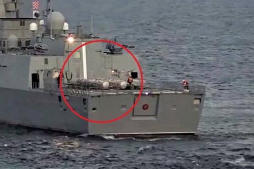 Cận cảnh các ống phóng tên lửa hành trình chống hạm siêu thanh 3M22 Zircon