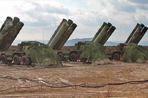 Thổ Nhĩ Kỳ có thể dùng chính tổ hợp phòng không S-400 để khống chế Không quân Nga tại Syria. Ảnh: RIA Novosti.