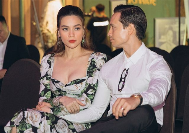 Hồ Ngọc Hà ôm Kim Lý ngồi xem Lệ Quyên diễn thời trang - 9