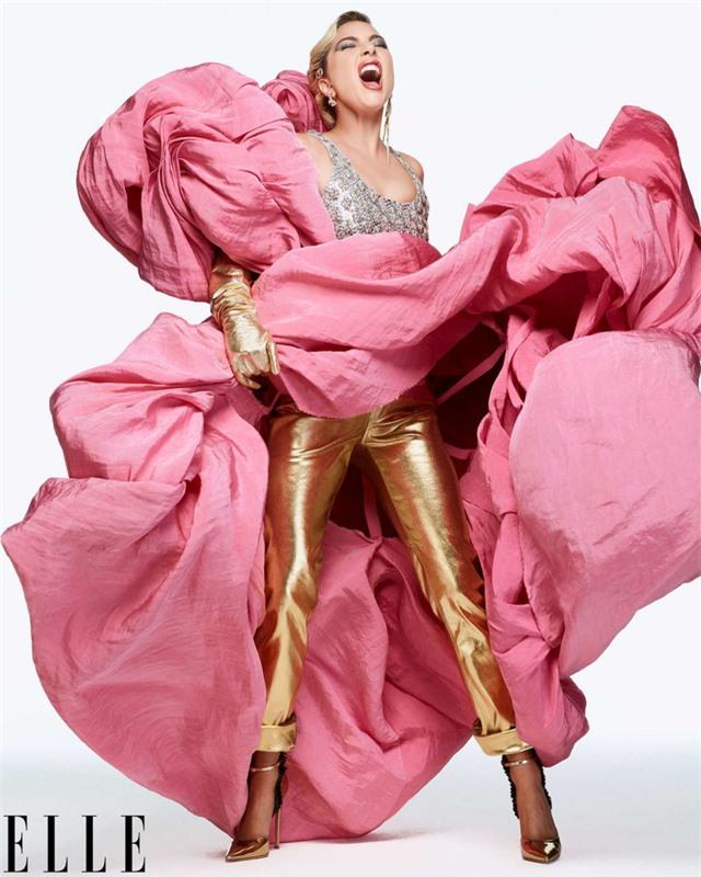 Khi Lady Gaga nổi loạn và nữ tính - Ảnh 1.