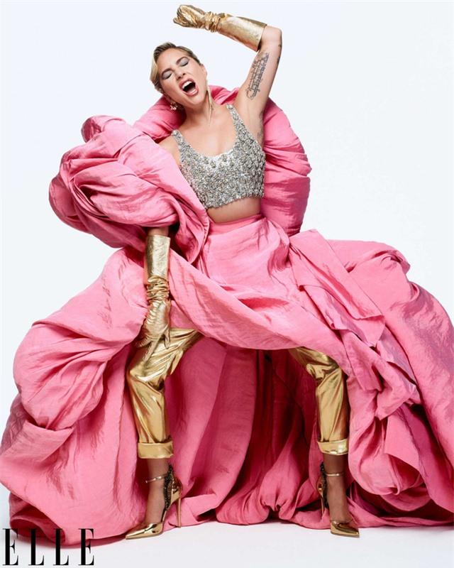 Khi Lady Gaga nổi loạn và nữ tính - Ảnh 5.