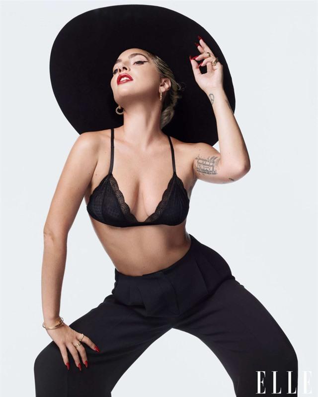 Khi Lady Gaga nổi loạn và nữ tính - Ảnh 6.
